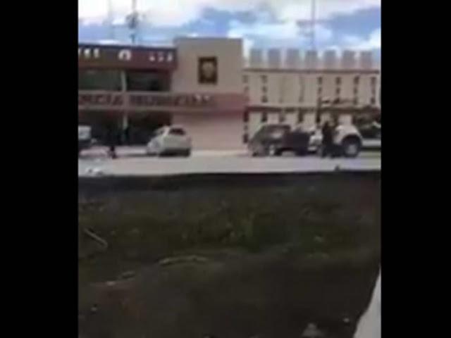 VIDEO: Sin temor y respeto sicarios llegan hasta Presidencia en Río Bravo Tamaulipas con cientos de trabajadores y civiles y arman balacera