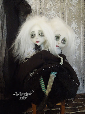 lulu lancaster art dolls lulusapple conjoined twin dolls