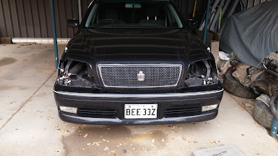 crown missing both headlights