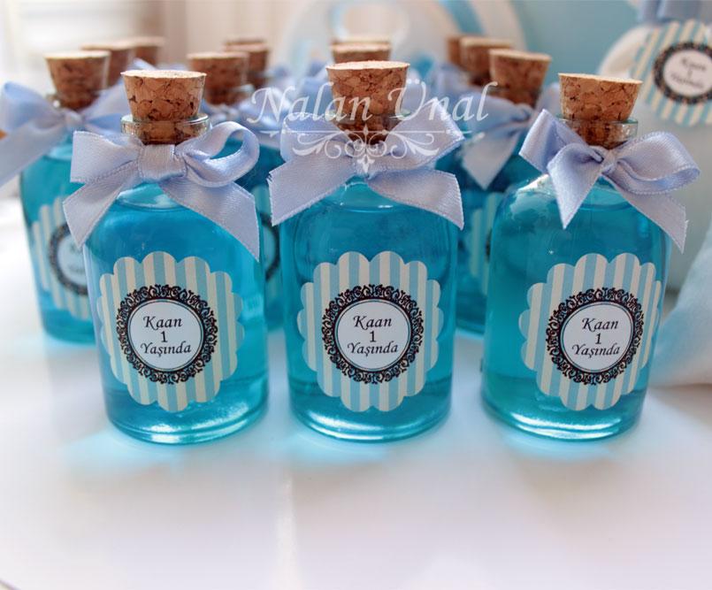 1 yaş doğumgünü mavi duş jelli şişe