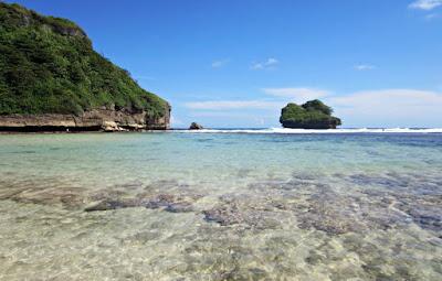Pantai Ngliyep, Travel Jogja Malang, Travel Malang Jogja, Wisata Malang