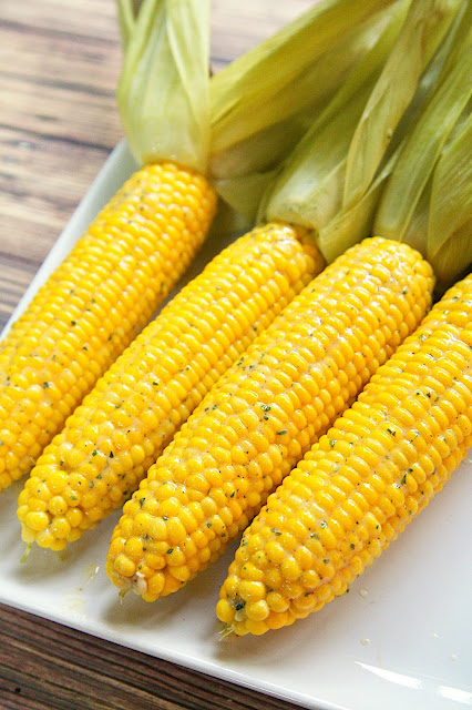 how to cook corn still in the husk