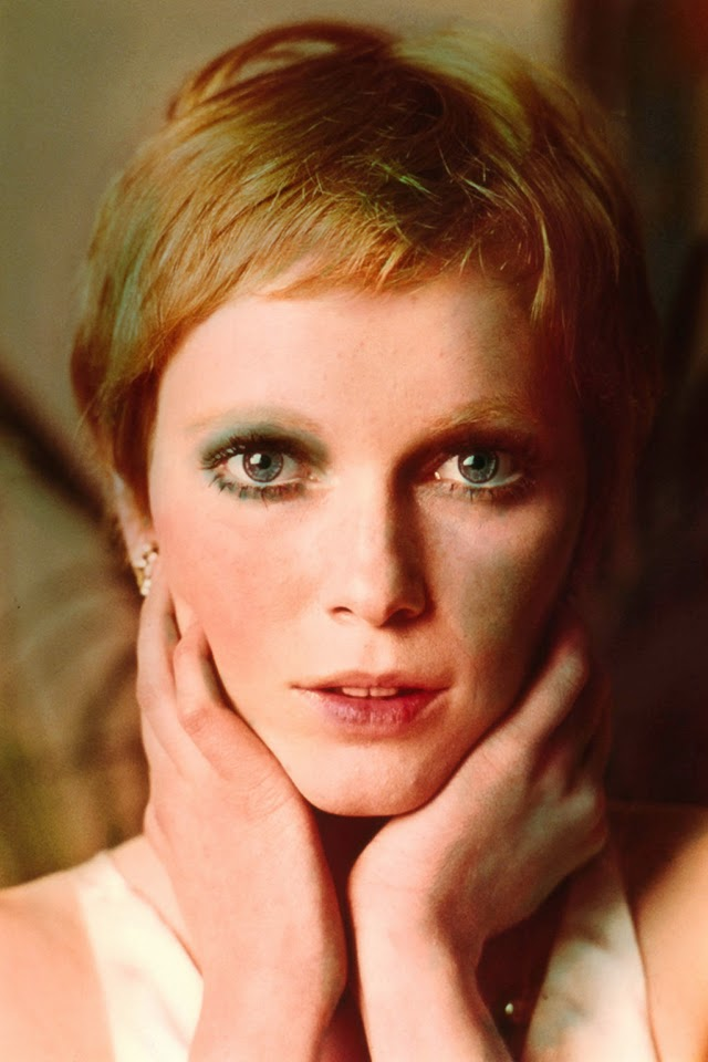 30 Beautiful Portraits of Mia Farrow With Pixie Haircut in ...