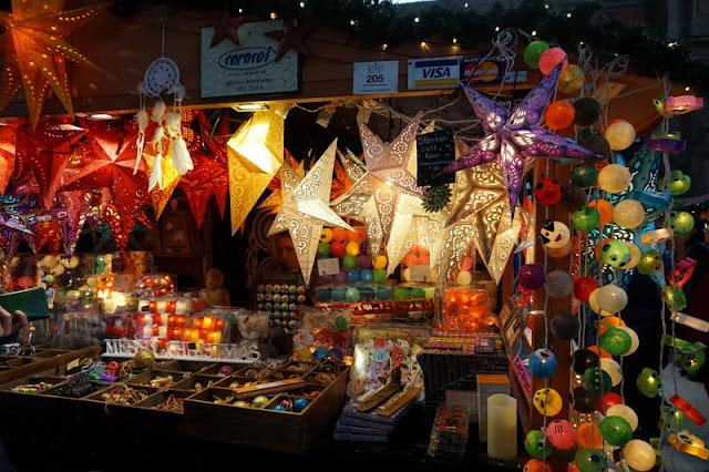 joulumarkkinat zürich koju myynnissä koristeita