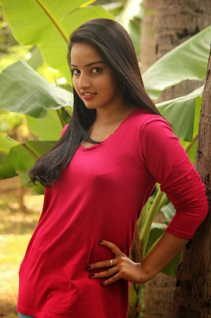 Malavika Menon Photos In Jeans At Vizha Movie Press Meet -8980