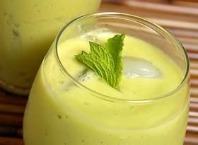 สูตรสมูทตี้อะโวคาโดสับปะรด เครื่องดื่มเพื่อสุขภาพดีๆ