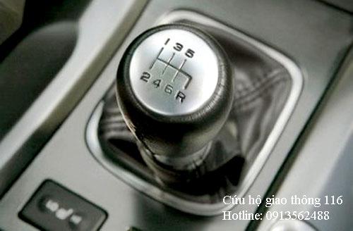 Nhận biết dấu hiệu ô tô bị hỏng hộp số - www.TAICHINH2A.COM