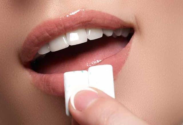 Cara Alami Memutihkan Gigi Dengan Mudah