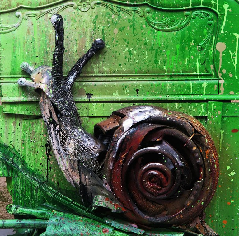 Street Artist Transforms Ordinary Junk Into Animals To Remind About Pollution - Snail