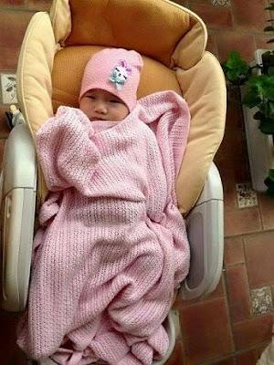 Chăn lưới Nga chống ngạt cho bé