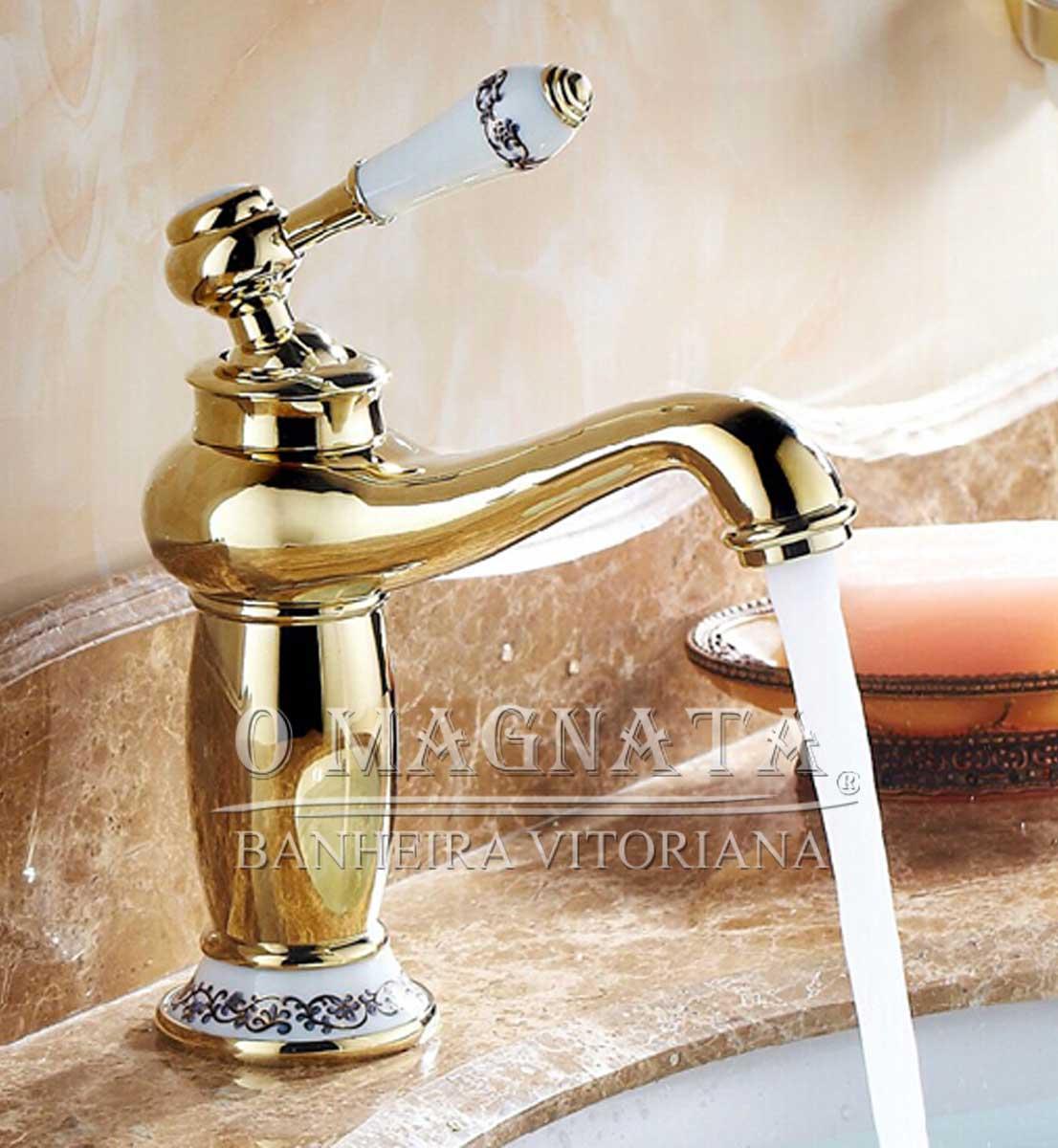 Torneiras para Pias e Lavatórios de Banheiro. #714426 1106x1200 Acessorios Banheiro Dourado