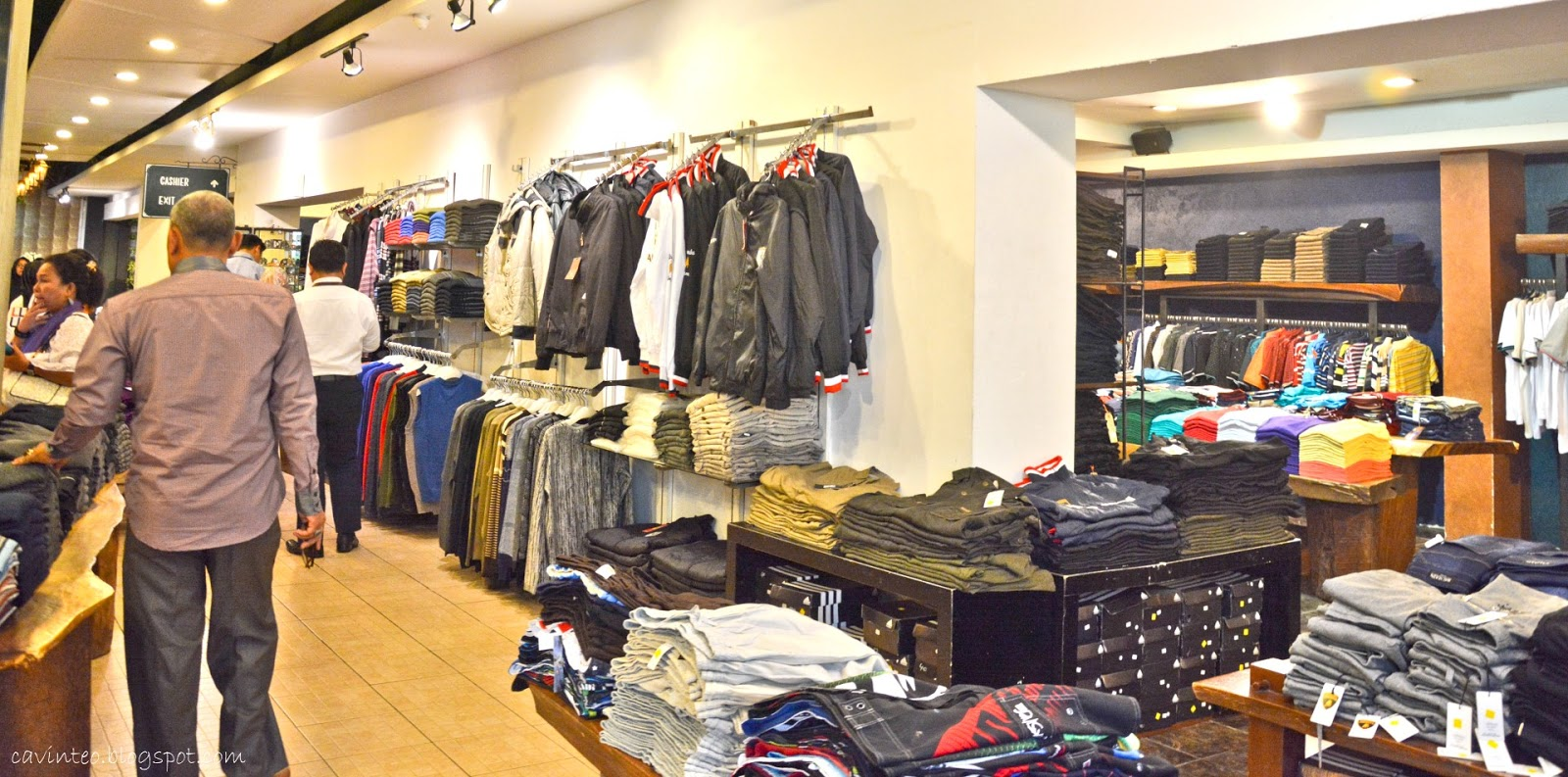 Entree Kibbles Branded Factory Outlet Shopping Rumah Mode Secret For Men Heritage Others