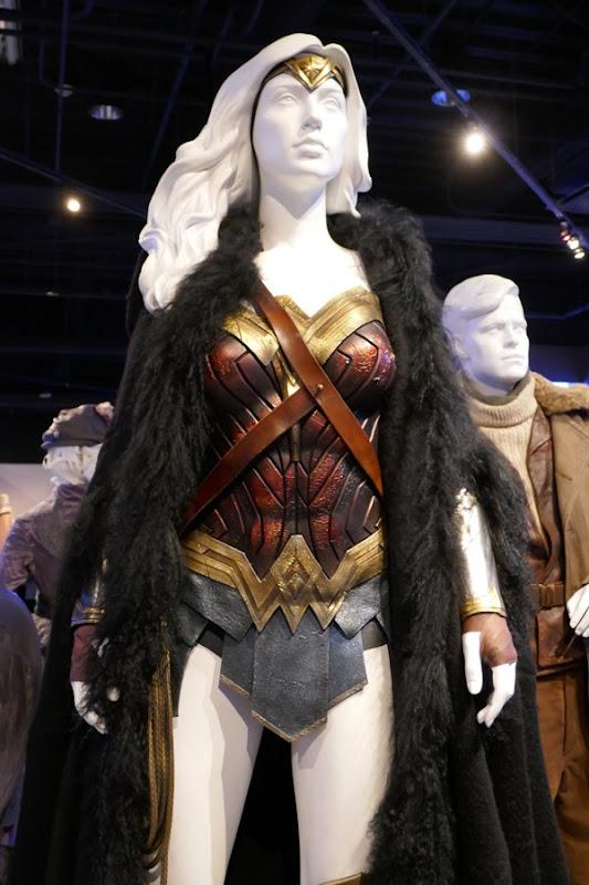 Gal Gadot Wonder Woman movie costume