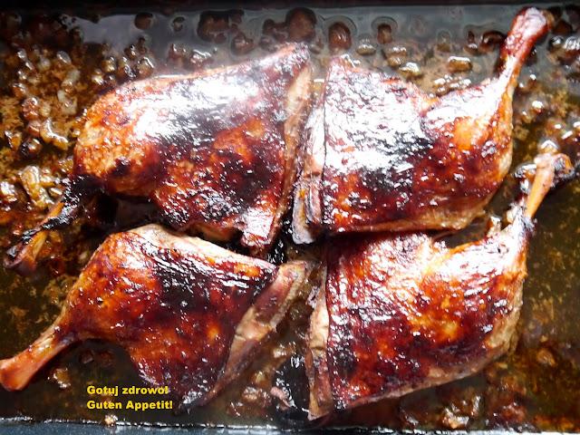 Pieczone kacze uda i sos z wędzonych śliwek - Czytaj więcej »