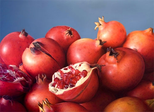 12-Passion-Fruit-Antonio-Castelló-Avilleira-Visual-Art-with-Hyper-Realistic-Paintings-www-designstack-co