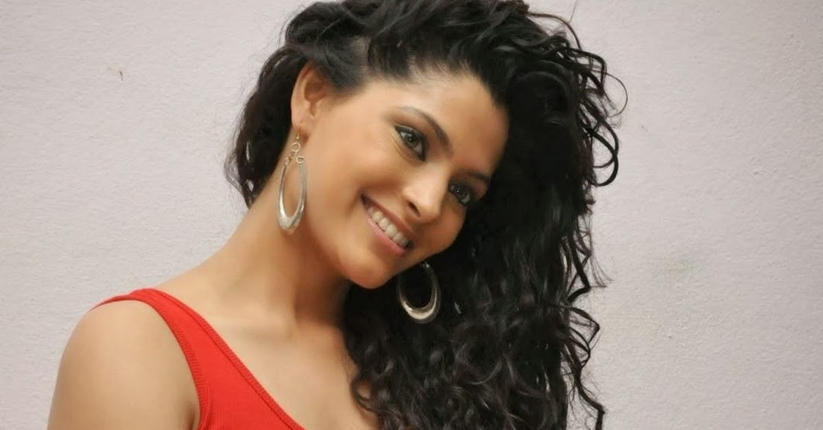 Populer Bollywood Actresses With Curly Hair, Paling Hot!