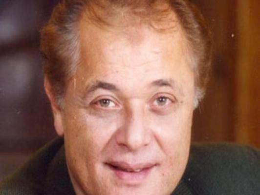وفاة محمود عبد العزيز, محمود عبد العزيز