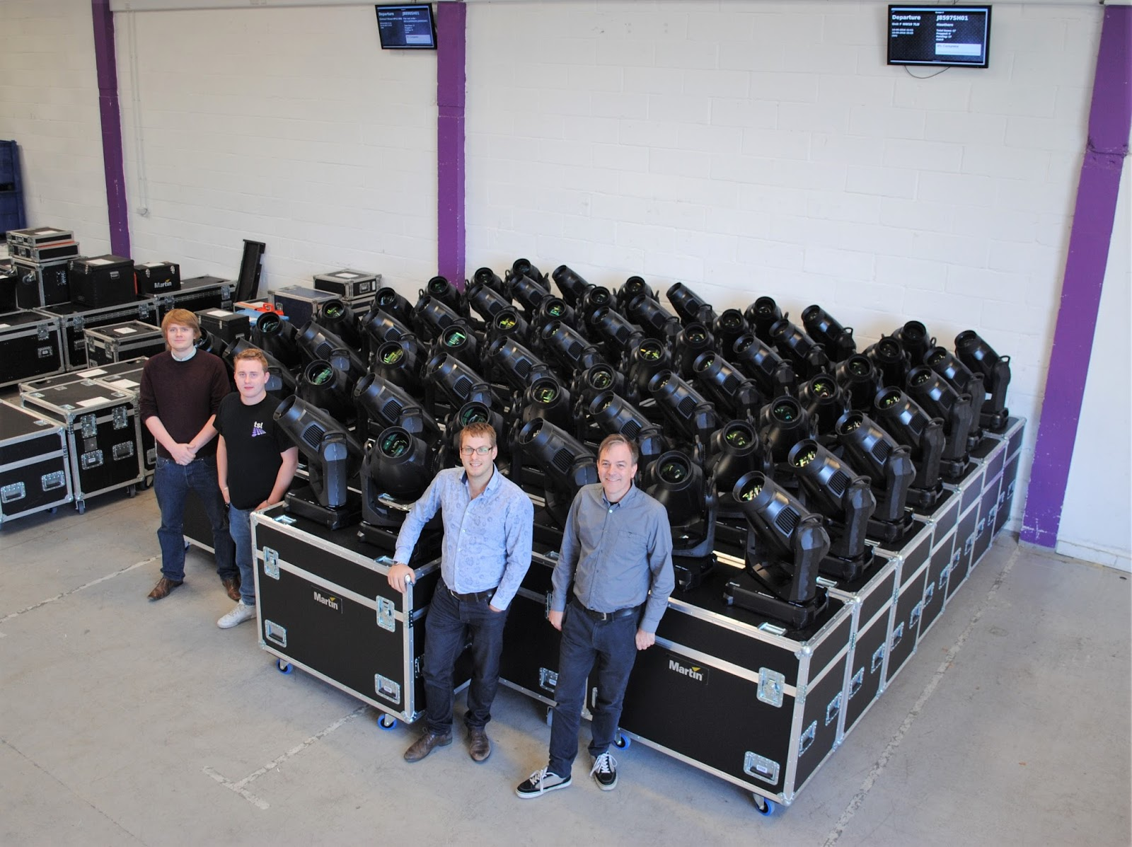 Tsl lighting strengthens inventory with investment in harman london harman professional solutions proharman the leading audio lighting video and control products and systems company announced today that arubaitofo Images