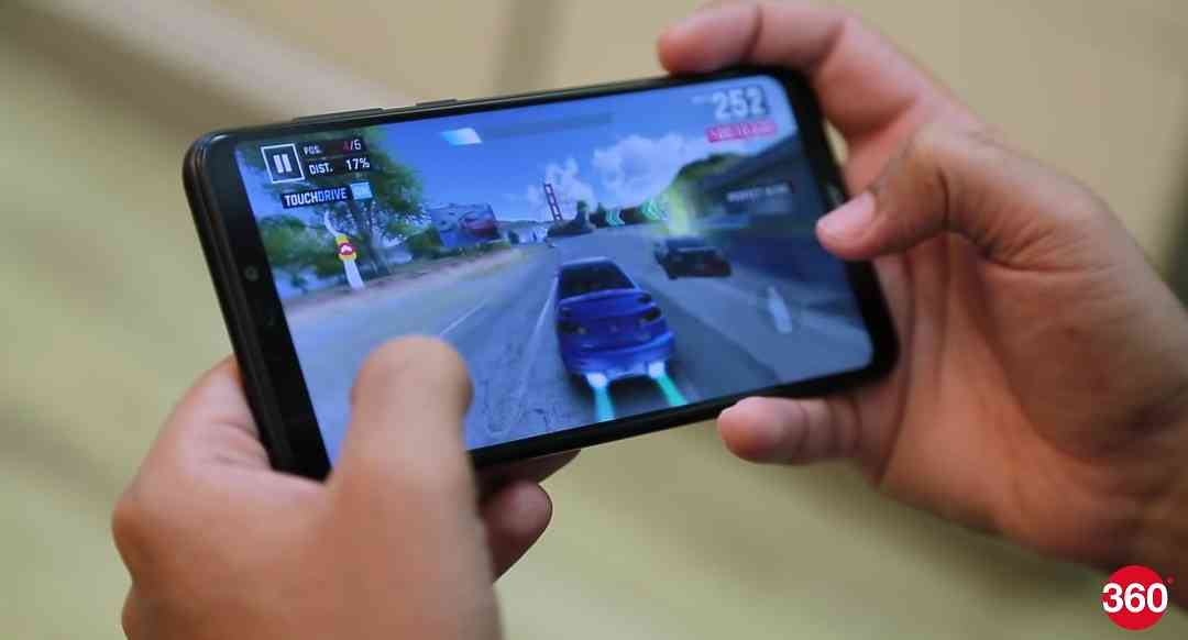 Gaming performance of the Huawei Honor 8C