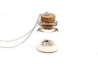 https://www.etsy.com/uk/listing/487933879/snow-leopard-necklace-winter-terrarium?ref=shop_home_active_1