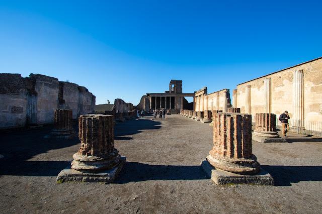 Basilica-Scavi di Pompei