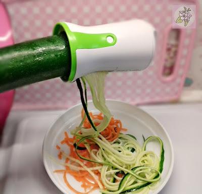 Espaguetis de Calabacin y Zanahoria, con Espiralizador.