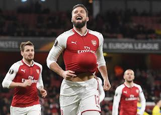 Arsenal đang lo lắng trước đối thủ Napoli và Dortmund