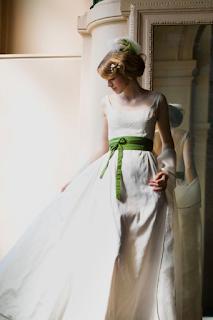 ceinture de couleur robe de mariee blog mariage www.unjourmonprinceviendra26.com