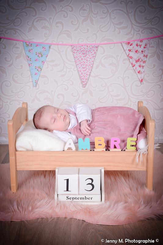 photo bébé pour faire part date de naissance de bébé et prénom