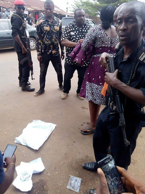INEC Officer Caught Trying To Change Ward Result For APC In Orlu, Owerri