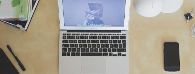 perlengkapan menulis online