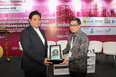 Menperin Airlangga Hartato Hadiri Seminar Nasional Himpunan Kawasan Industri Indonesia