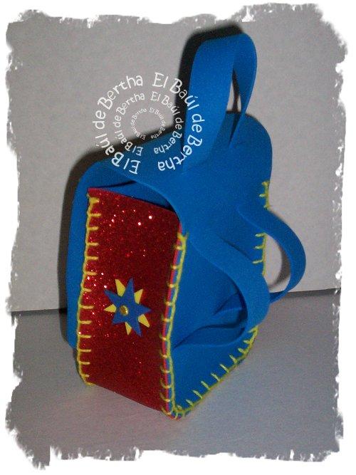 KIT Fiesta Infantil con Winnie Pooh Winnie%2BPooh%2BCotillon%2B%25282%2529