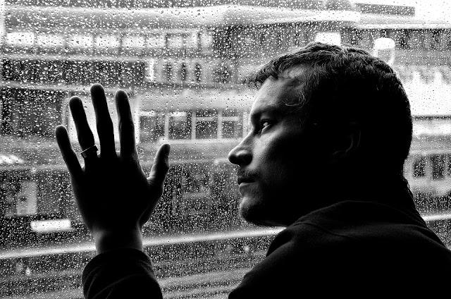 Emigración y el comportamiento suicida