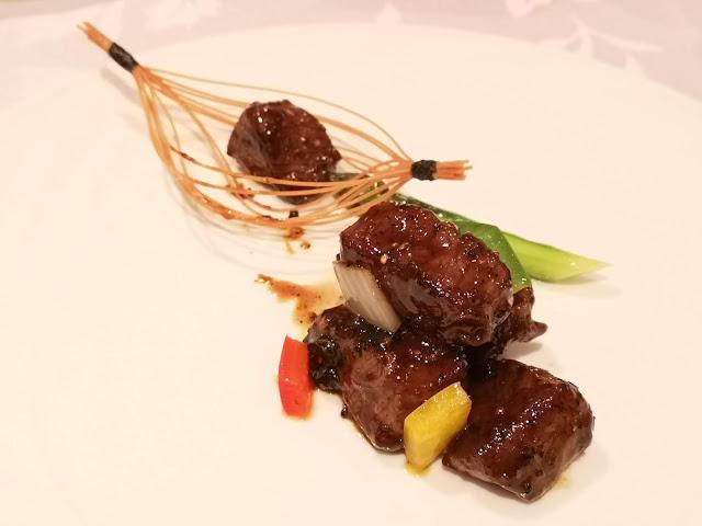 黑椒香煎澳洲和牛粒