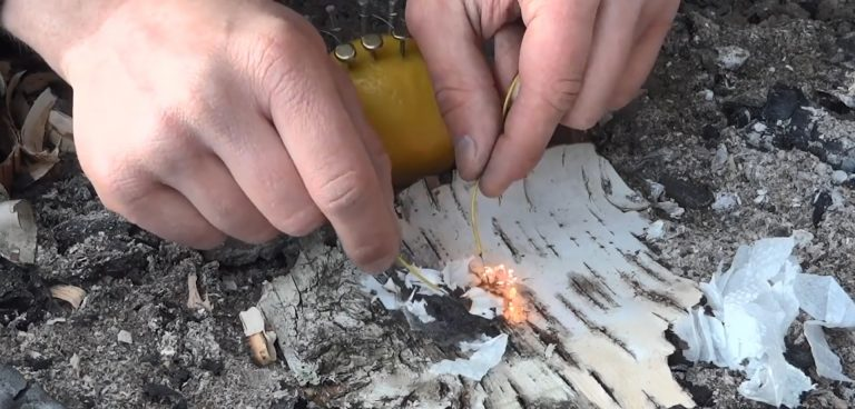 YouTuber Specialized In Survival Skills Teaches Us How To Start A Fire Using A Lemon