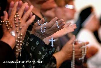 Católicos disminuyen en América Latina