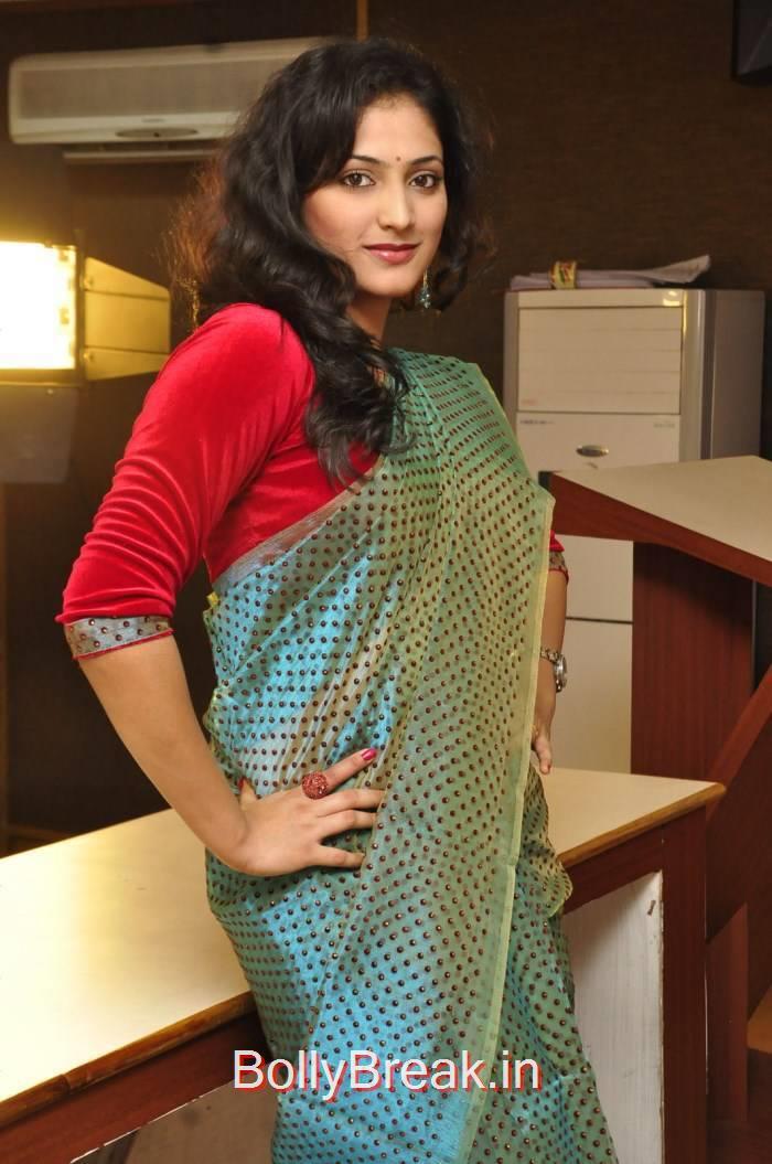 Haripriya Photoshoot Stills, Haripriya Hot HD Images in Teal Green Colour Saree