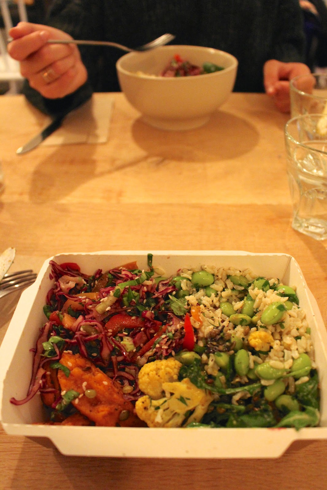The Mae Deli by Deliciously Ella vegan lunch | London