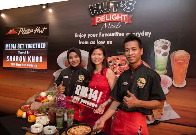 NIKMAT PIZZA ' HUTS DELIGHT MEALS' , CUMA RM14 SEORANG