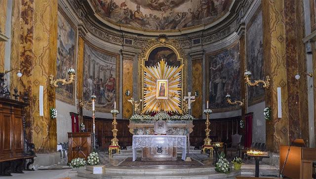 Interior da Catedral de Tivoli