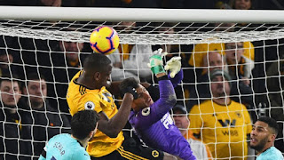 willy-boly-wolves-newcastle.jpg