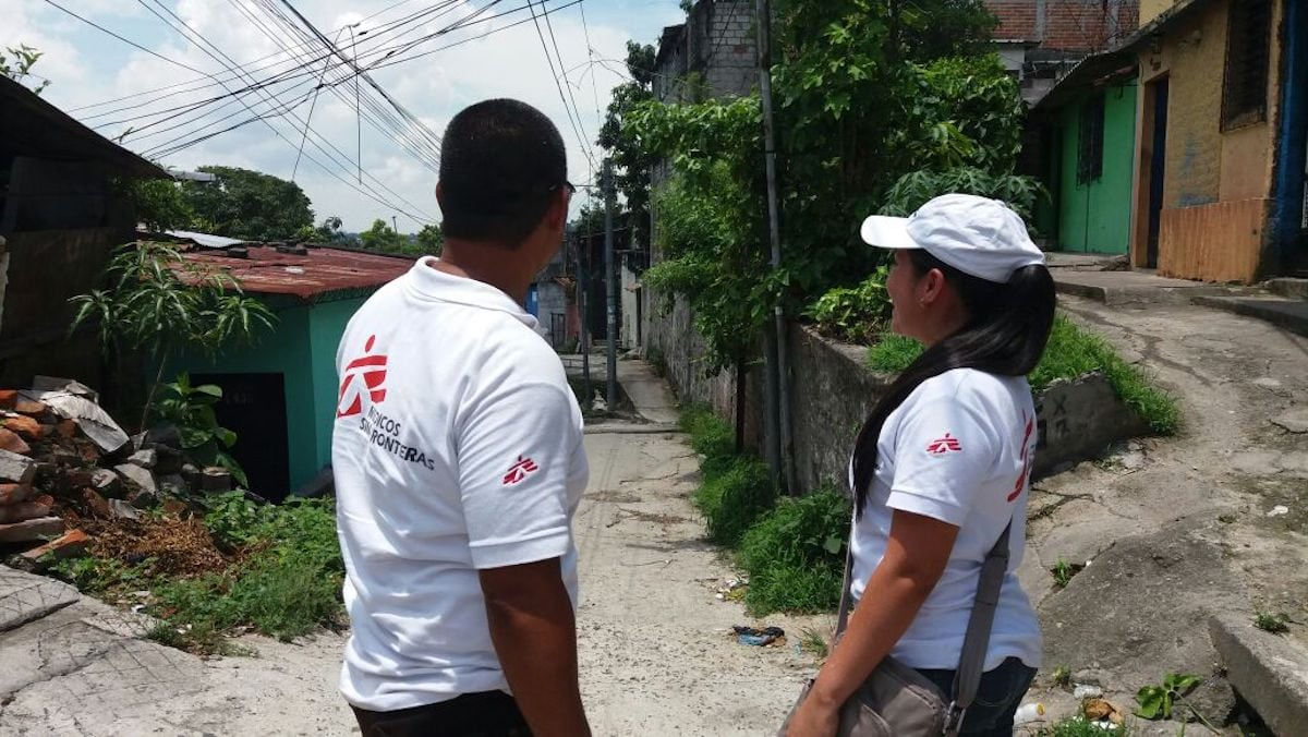 #MédicosSinFronteras registra un importante aumento de muertes en los domicilios de #SanSalvador