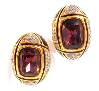 https://www.kcavintagegems.uk/huge-statement-crystal-and-enamel-clip-on-earrings-by-swarovski-7092-p.asp