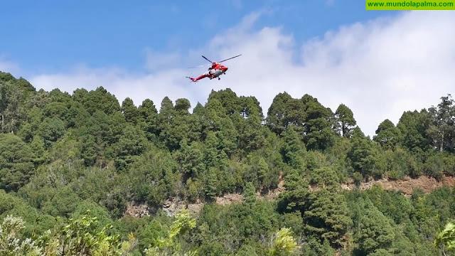 Un vehículo se sale de la carretera del Roque de Los Muchachos