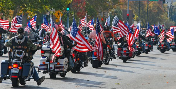 Happy Veterans Day Quotes & Sayings 2016 - Best Parade Images With America Flag of Veterans Day