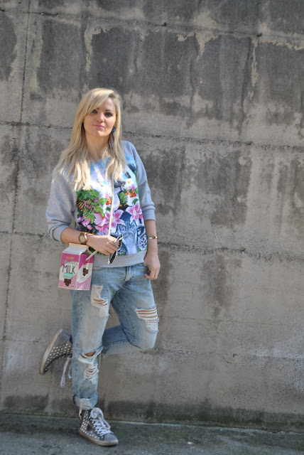 outfit jeans boyfriend strappati come abbinare i jeans boyfriend strappati abbinamento jeans boyfriend strappati how to wear boyfriend ripped jeans how to combine boyfriend ripped jeans outfit primaverili spring outfit outfit marzo 2016 march outfit mariafelicia magno fashion blogger color block by felym fashion blogger italiane fashion blog italiani fashion blogger milano blogger italiane blogger italiane di moda blog di moda italiani ragazze bionde blonde hair blondie blonde girl fashion bloggers italy italian fashion bloggers influencer italiane italian influencer