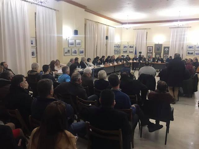 Ο Παναγιώτης Νίκας στη διευρημένη συνεδρίαση των Εμπορικών Συλλόγων Κυπαρισσίας, Φιλιατρών και Γαργαλιάνων
