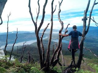 Peralatan Mendaki Gunung Yang Tidak Boleh Ketinggalan
