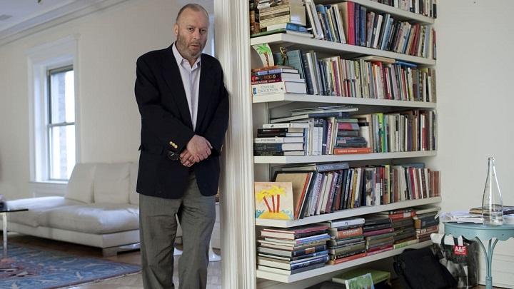 Mengenal Christopher Hitchens, Penulis Buku Kontroversial